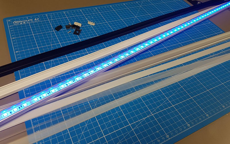 Comment installer la réglette aluminium LED SURFACE ?