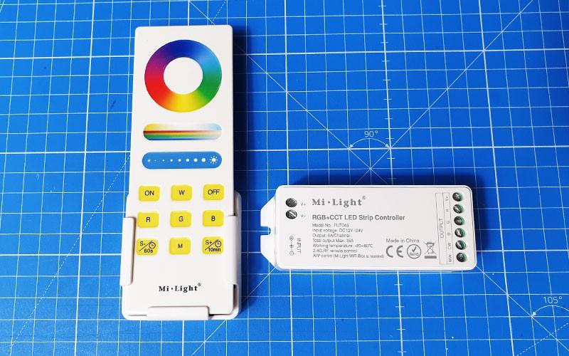 Comment raccorder et utiliser le contrôleur LED RGB+CCT RF ?