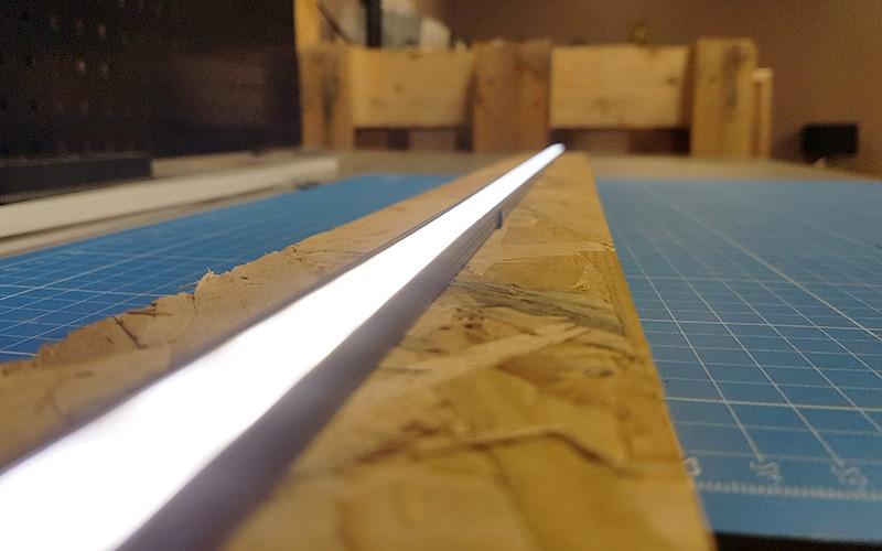 Comment installer la réglette aluminium LED SLIM ?