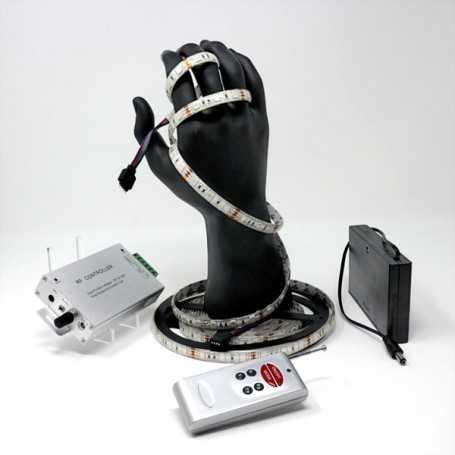 Kit bande led RGB 60led/m IP54 5m capteur son avec boitier piles