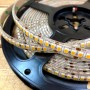 Ruban LED blanc chaud 12V 198LED/m étanche 5m 2000 lumens