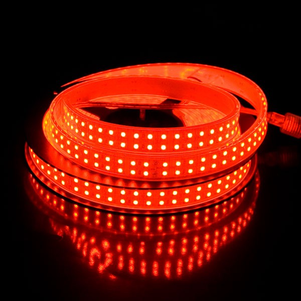 bandeau 1200 leds de 5m rouge avec transformateur pr t brancher. Black Bedroom Furniture Sets. Home Design Ideas