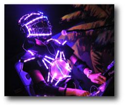 Robot led DJ équipé d'un rouleau led RGB alimenté par batterie